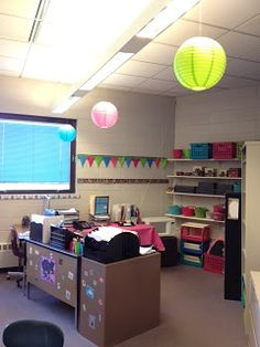Middle School Math Rules!: A peek at my teacher corner (photos)