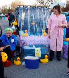 easy trunk or treat decorations | Trunk or Treat decorating ideas