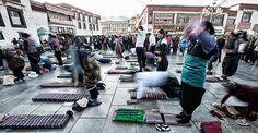 Tibetan devotees in Lhasa