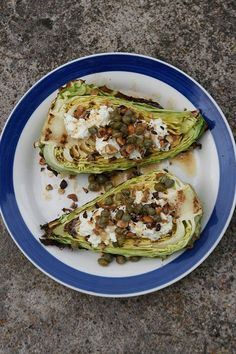 Vegan and vegetarian eats and bakes. Raw Food Recipes, Low Carb Recipes, Cooking Recipes, Healthy Recipes, Vegetarian Cooking, Vegetarian Recipes, Food N, Food And Drink, Enjoy Your Meal