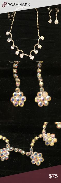 Necklace and earring set Beautiful crystal and rhinestone costume piece. Jewelry Necklaces