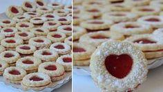 NapadyNavody.sk | Zbierka 30 najpopulárnejších vianočných receptov na jednom mieste Xmas Cookies, No Bake Cookies, Sweet Desserts, Sweet Recipes, Baking Recipes, Cookie Recipes, Cooking Cookies, Biscuits, Czech Recipes