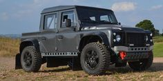 The Bowler Bulldog Edition Is the Ultimate Off-Roader We Can't Have