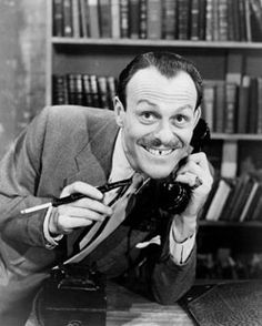Terry Thomas 'I say, what an absolute bounder !' A King of Comedy. Met Terry in early brilliant time, brilliant man. British Comedy, British Actors, American Actors, Comedy Actors, Actors & Actresses, Terry Thomas, Old Film Stars, Photo Vintage, Cinema