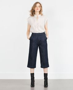Image 1 of PIN TUCK TOP from Zara