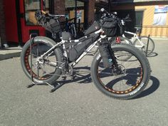 http://fcdn.mtbr.com/attachments/bikepacking-bike-expedition/938695d1415853994-post-your-bikepacking-rig-gear-layout-image.jpg