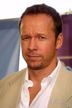 Donnie Wahlberg.. How could you not LOVE him?!?!