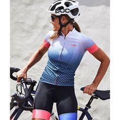 Cycling Chicks : Photo                                                                                                                                                                                 Mais
