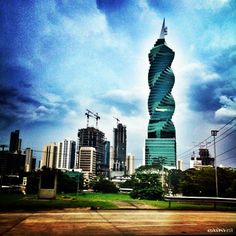 Once again the revolution, mafa, tornillo == F & F Tower ==