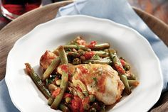 Chicken with green beans and peas Grean Beans, Chicken Green Beans, Food Categories, Mediterranean Recipes, Greek Recipes, Kung Pao Chicken, Main Dishes, Recipies, Diet