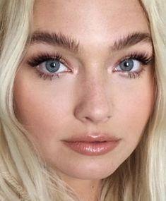 50 Elegant Natural Smoky Eyeshadow Makeup Ideas For Fall - Make-Up Maquillaje Glam Natural, Natural Glam Makeup, Glam Makeup Look, Natural Brows, Natural Beauty, Fresh Makeup Look, Eye Makeup Tips, Skin Makeup, Eyeshadow Makeup