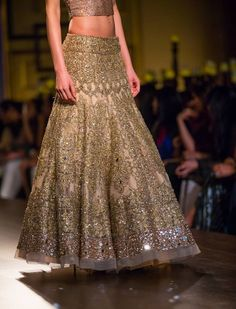 Indian Couture week 2014! Mesmerised! Manish Malhotra!