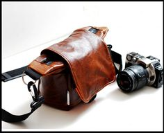 Attractive Lilliput Travel Camera bag in Naked Leather - $352.00. http://www.youngrepublic.com/women/bags/handbags/attractive-lilliput-travel-camera-bag-in-naked-leather.html