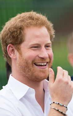Prince Harry joins an RFU-backed community rugby programme in Alexandra Park on June 2016 in Stockport, England. Prince Harry Of Wales, Prince Harry And Megan, Prince Henry, Royal Prince, Harry And Meghan, Prince William, Albert Windsor, Harry Windsor, Diana Williams
