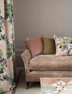 GP&J Baker Signature Print collection. Linen Sofa, Upholstered Sofa, Paisley Fabric, Pink Fabric, Pink Wallpaper Design, Gp&j Baker, Vintage Floral Fabric, Curtain Patterns, Color Harmony