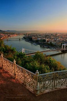 Budapest from the Gellért Hill Most Beautiful Cities, Beautiful Places To Visit, Wonderful Places, Budapest Travel Guide, Europe Travel Guide, Places In Europe, Places To See, Travel Around The World, Around The Worlds
