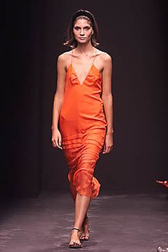 Alberta Ferretti Spring 2001 Ready-to-Wear Collection Slideshow on Style.com