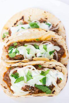 Lamb Vindaloo Tacos with Cucumber Raita - http://www.pingirls.com/lamb-vindaloo-tacos-with-cucumber-raita/