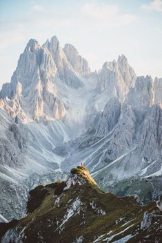 Can you spot the teeny tiny human?⠀ The peaks in the Dolomites are INSANE!⠀ Let us know what you think about the Dolomites and show some love to 📸: for the banger! Beautiful Landscape Photography, Beautiful Landscapes, Nature Photography, Travel Photography, Photography Blogs, Happy Photography, Framing Photography, Nature Landscape, Mountain Landscape