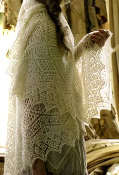 Russian Orenburg shawl. #Russian #shawl