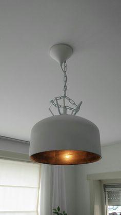 Industriële Lamp gemaakt van een lijm vat.