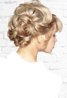 Easy Updos For Long Hair 2014 ~ Womens Long Hairstyles #hairstyles #longhairstyle #updos