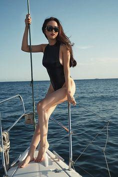 Bộ ảnh Vũ Ngọc Anh sexy quyến rũ với bikini trên du thuyền triệu đô -9