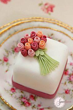 Little Posey Cake.