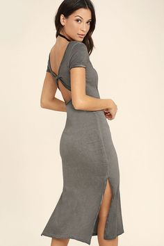 You've never seen a T-shirt dress quite like the Just You Washed Grey Backless Midi Dress! A unique washed design covers this lightweight, knit dress with short sleeves, a sheath bodice, and knotted open back. Midi skirt has twin side slits.