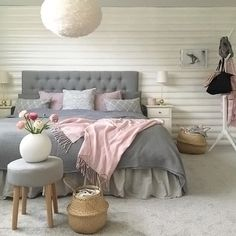 A gorgeous grey, white and pink bedroom by Room.Interior.By.Lisa