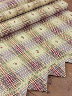 Reversible Table Runner: Yellow Dark Red Green Plaid, Flower Inset, Self  Lined