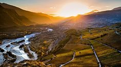 The Natural Park Pfyn-Finges in the Rhone valley between Salgesch and Varen with the evening sun on Leuk. Switzerland Tourism, Visit Switzerland, Superior Hotel, Wine Tourism, Country Hotel, Natural Park, Top Hotels, Grand Tour, Wallis