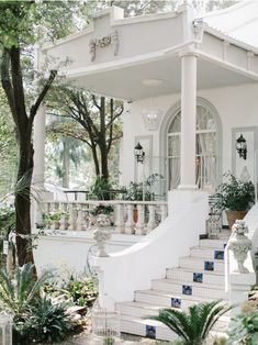 French inspired Wedding - Zavion Kotze Events Company Event Company, Event Management, Wedding Planner, Floral Design, Wedding Inspiration, Events, French, Table Decorations, Mansions