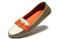 Tory Burch 8677 leather driver shoes
