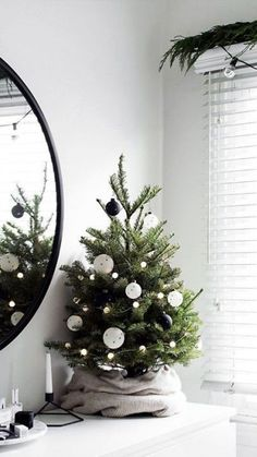 Who named Santa Claus the king of the Holidays? Why does everything have to be decorated with his colors and face? If you feel the same, check out these alternative ideas to revamp your Christmas spirit. #Christmas #Holiday #Decorations