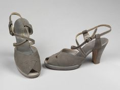 England - Pair of shoes by The London Shoe Company - Suede and leather 1940s Shoes, London Shoes, Shoe Company, Character Shoes, Dance Shoes, Footwear, Pairs, Sandals, Suede Leather