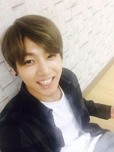 Jungkook's smile is so beautiful!