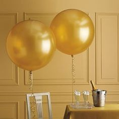"""Large Round Pearlized Gold Latex Balloons/ 4 CT Large Gold Balloons/ XL 24"""" Inch Round Gold Balloons/ Gold Party Balloons by PartyShopEmporium on Etsy https://www.etsy.com/listing/292381983/large-round-pearlized-gold-latex"""