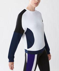 Block colour sweatshirt - New In - Autumn Winter 2016 trends in women fashion at Oysho online. Lingerie, pyjamas, sportswear, shoes, accessories, body shapers, beachwear and swimsuits & bikinis.