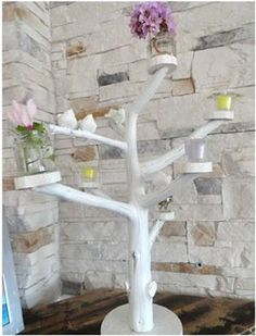 Spring Craft nice for the kitties with baskets, platforms and a few toys