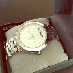 Steve Madden glitz watch Classy silver stainless steel Steve Madden link watch. Crystal stone accents along face and Steve Madden logo on face. New with tags and box!! Open to offers!! Steve Madden Accessories Watches