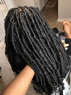 62 Box Braids Hairstyles with Instructions and Images - Hairstyles Trends Box Braids Hairstyles, Goddess Hairstyles, Baddie Hairstyles, Twist Hairstyles, Saree Hairstyles, Dreadlock Hairstyles, Hair Updo, Protective Hairstyles, Wedding Hairstyles
