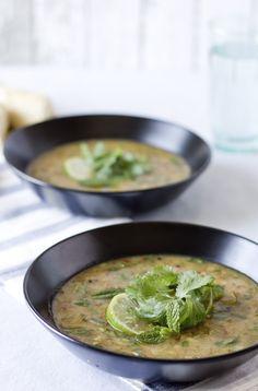 spice and herbs potato leek soup #vegan #glutenfree