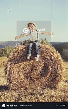 Happy child on a field with bales harvest Photo Wheat Fields, Icon Pack, Happy Kids, Photo Illustration, Kids Playing, Free Design, Harvest, Photoshop, Children