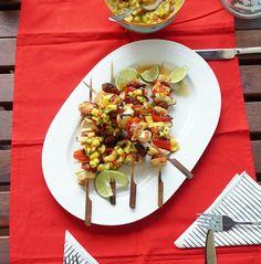 Gegrillte Hühnerspieße mit Mango Chili Salsa – Very (iss)ima, Grillen, Rezept, Grill Weber, Chili, Salsa, Mango, Crickets, Essen, Recipies, Manga, Chile