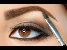 How to Shape Your Own Eyebrows - Plucking and Shaping
