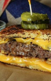 Grilled Cheese Bun' Burgers