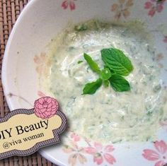 DIY Beauty: refreshing mint leaves face mask - via Viva Woman - via @trapit