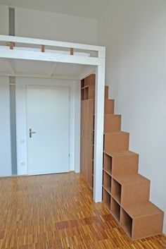 Hochbett mit Stauraumtreppe zum Selbermachen Loft bed with storage staircase to do it yourself it Yourself Loft bed with Japanese stairs in spruce, white lLoft bed with Japanese stairs in spruce, white Exciting loft stairs for small house ideas Small Rooms, Small Apartments, Small Spaces, Loft Stairs, Bed Storage, Storage Stairs, Storage Organization, Small Storage, Bedroom Loft