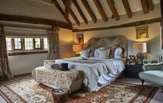 Shamley Green Self-catering Manor with Indoor Pool, Willinghurst